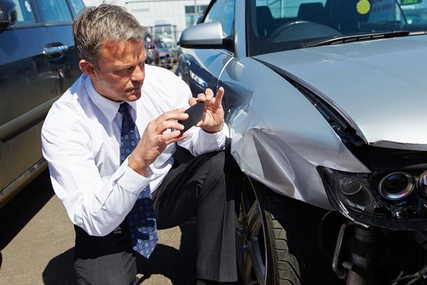 Car accidentstruck